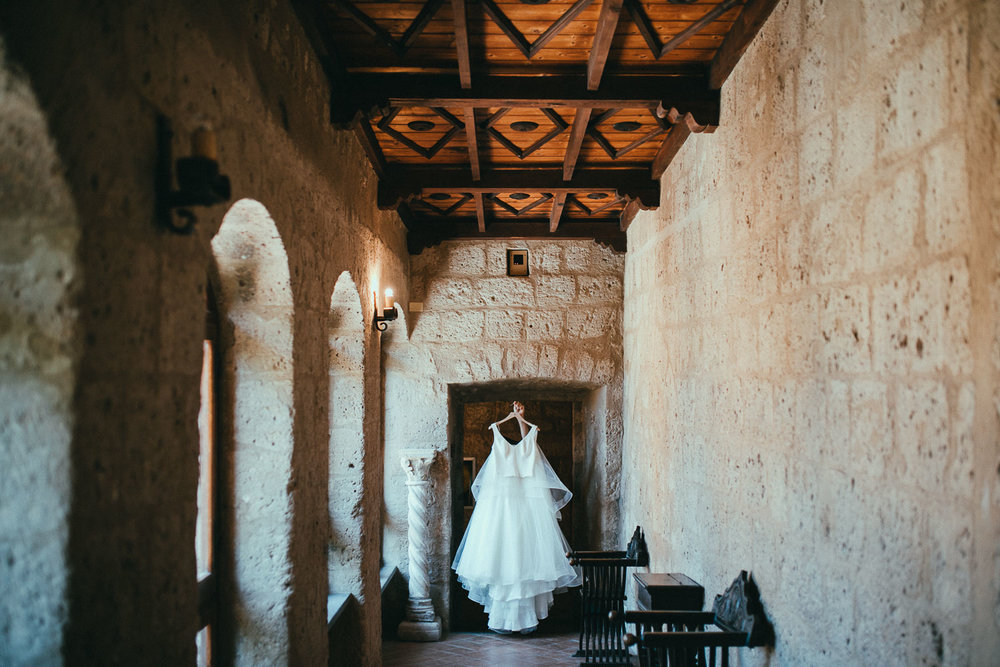 stylish-elopement-photographer-italy (9).jpg