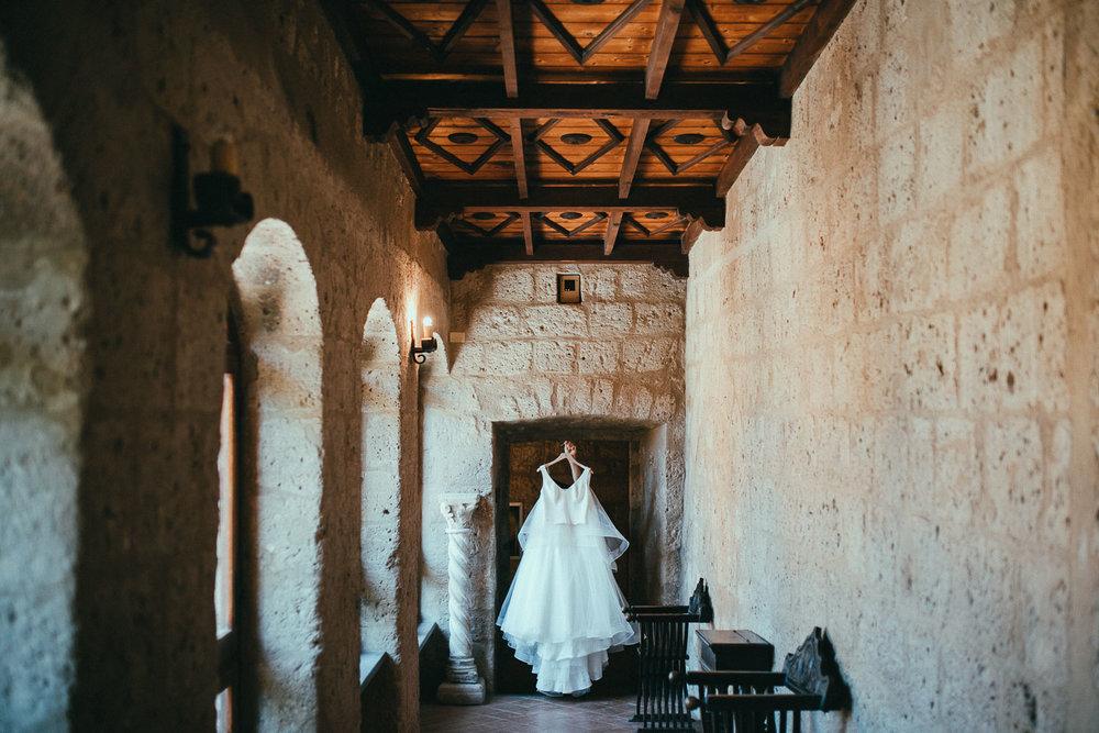 stylish-elopement-photographer-italy (9).jpg
