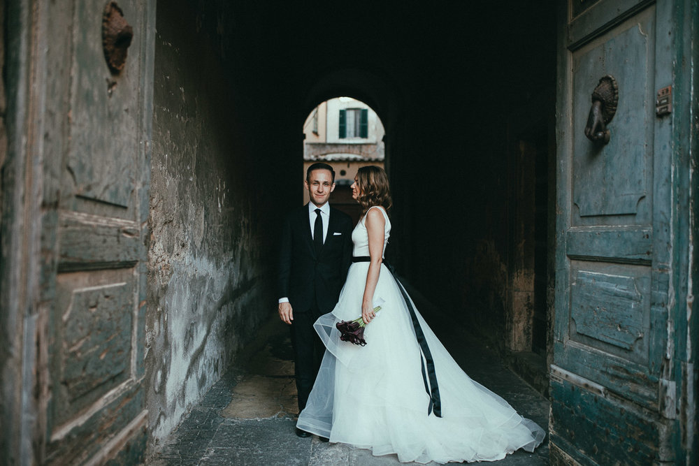 stylish-elopement-photographer-italy (109).jpg
