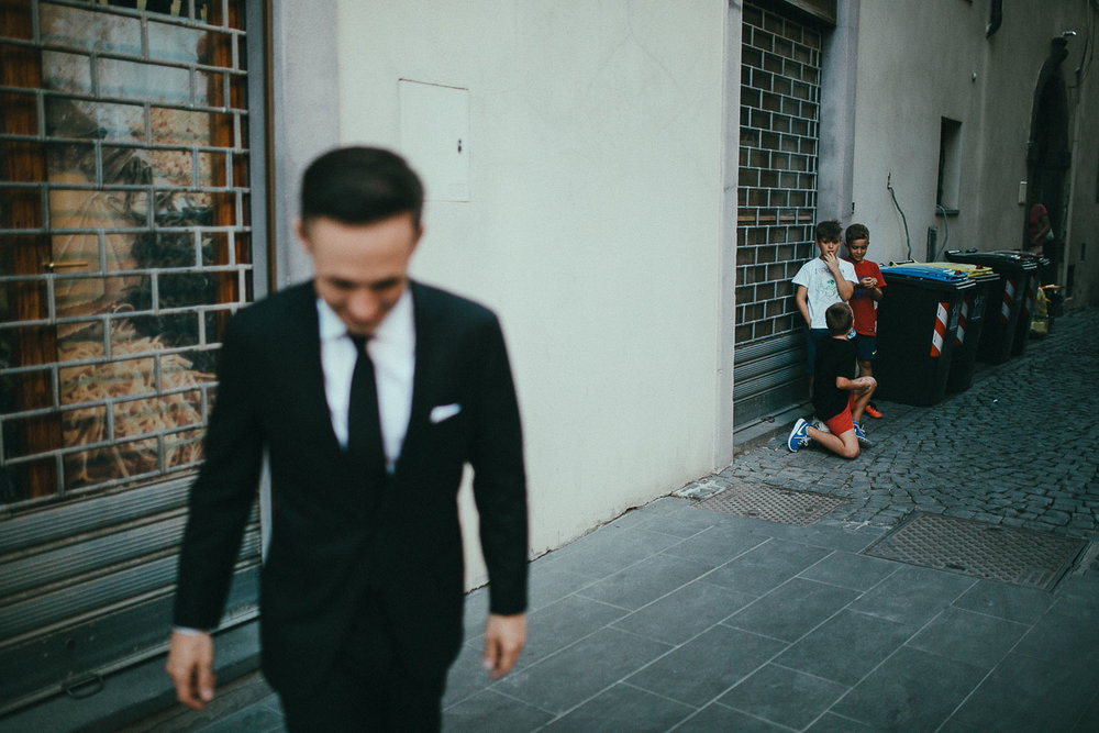 stylish-elopement-photographer-italy (132).jpg