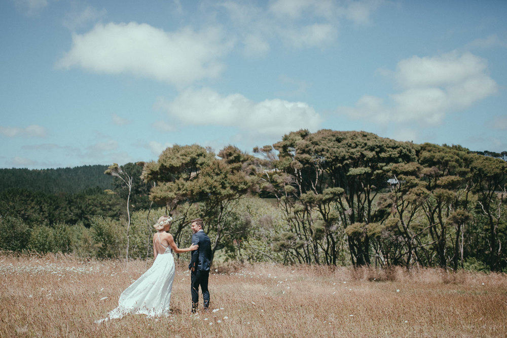 new-zealand-parihoa-wedding-photographer (15).jpg