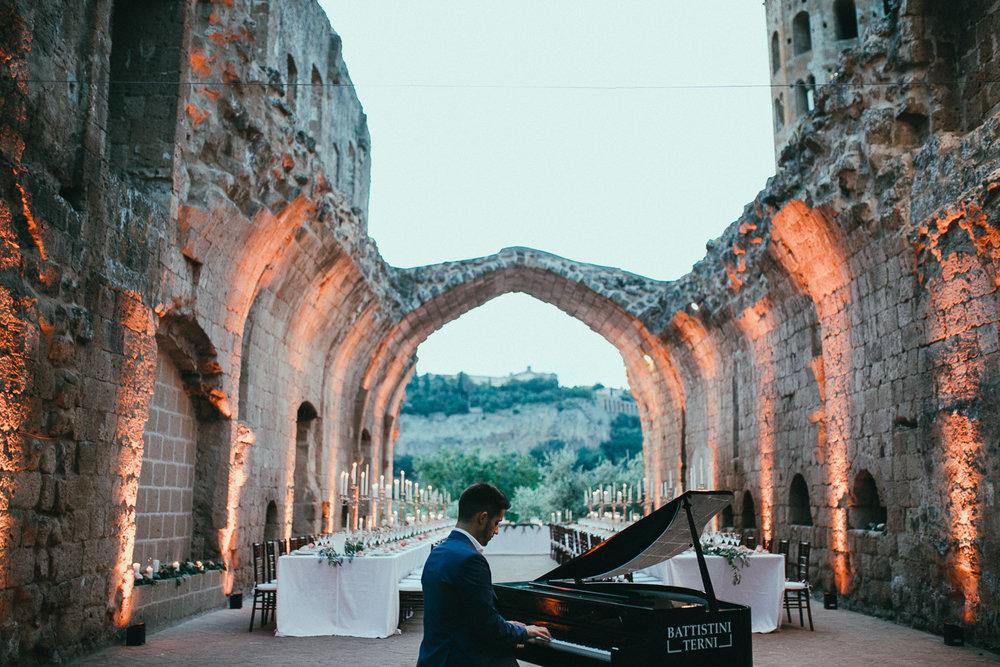 badia-orvieto-wedding-photographer (98).jpg