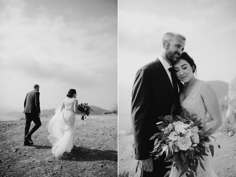 santorini-wedding-photographer18.jpg