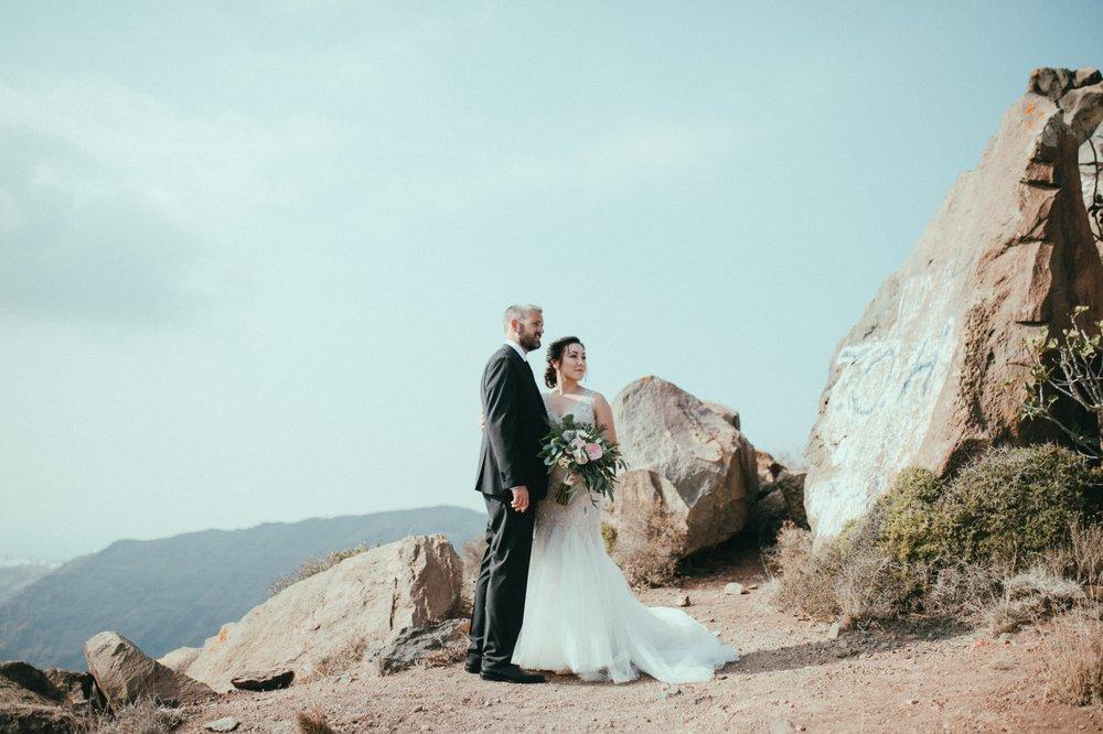santorini-wedding-photographer19.jpg