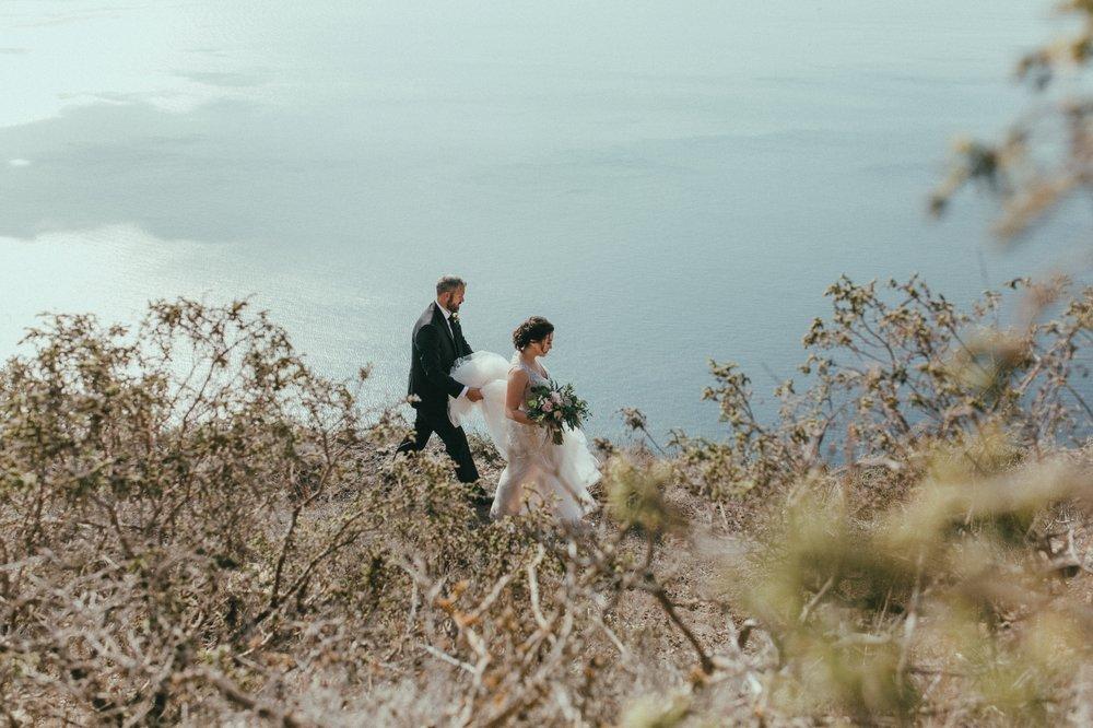 santorini-wedding-photographer25.jpg