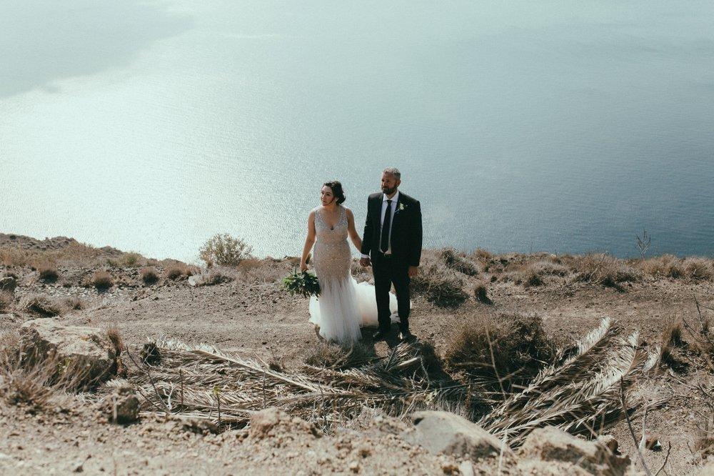 santorini-wedding-photographer27.jpg