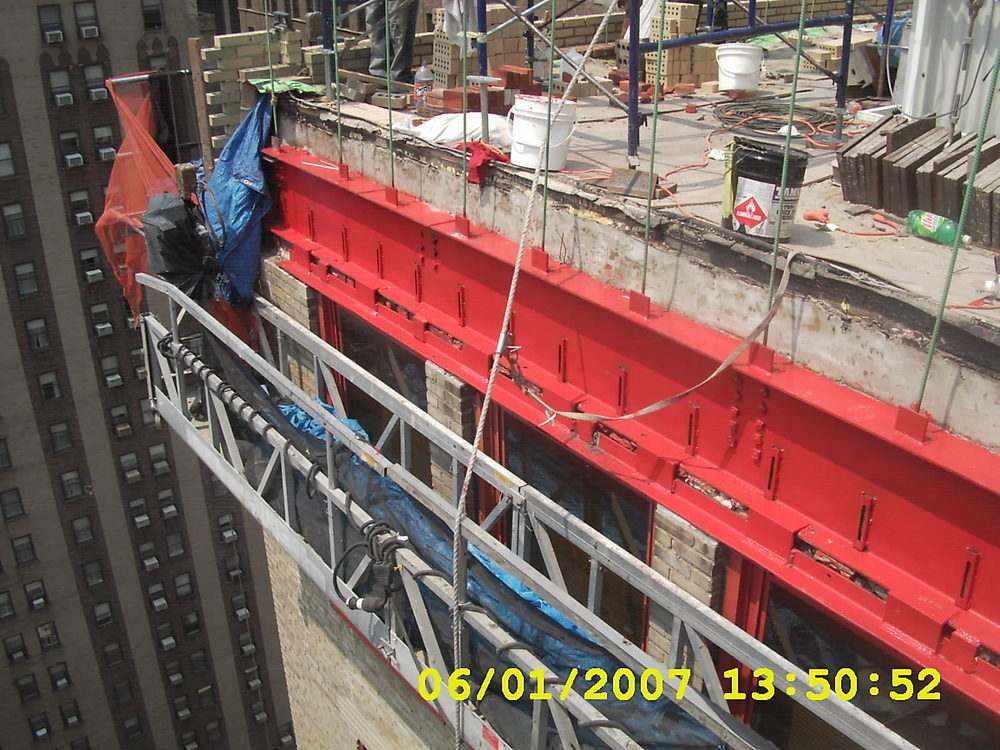 Parapet reconstruction of structural steel