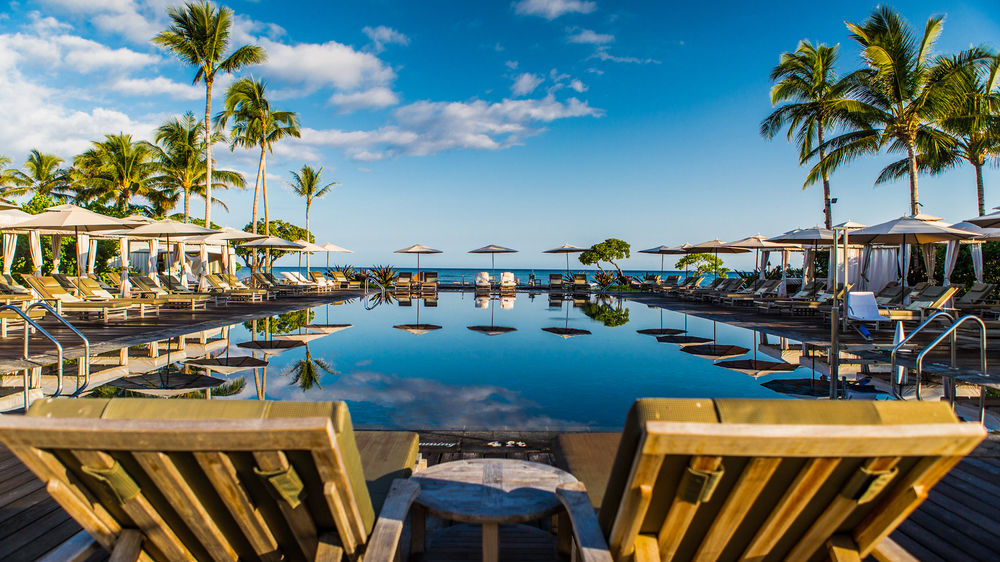 Time stops here at Four Seasons Hualalai. Leave the world behind and soak up the sun.