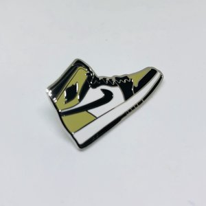 save off a8fc8 26ddc Fragment 1 Sneaker Pin. 12.00. fullsizeoutput 1d01.jpeg