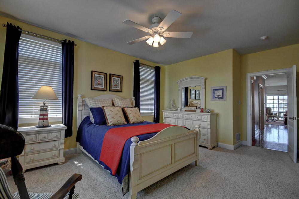 321 16th Street Brigantine NJ-large-020-20-Bedroom-1500x997-72dpi.jpg