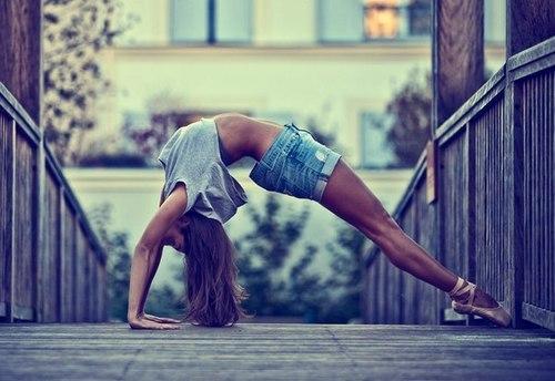 back-ballerina-ballet-dance-Favim.com-2977121.jpg