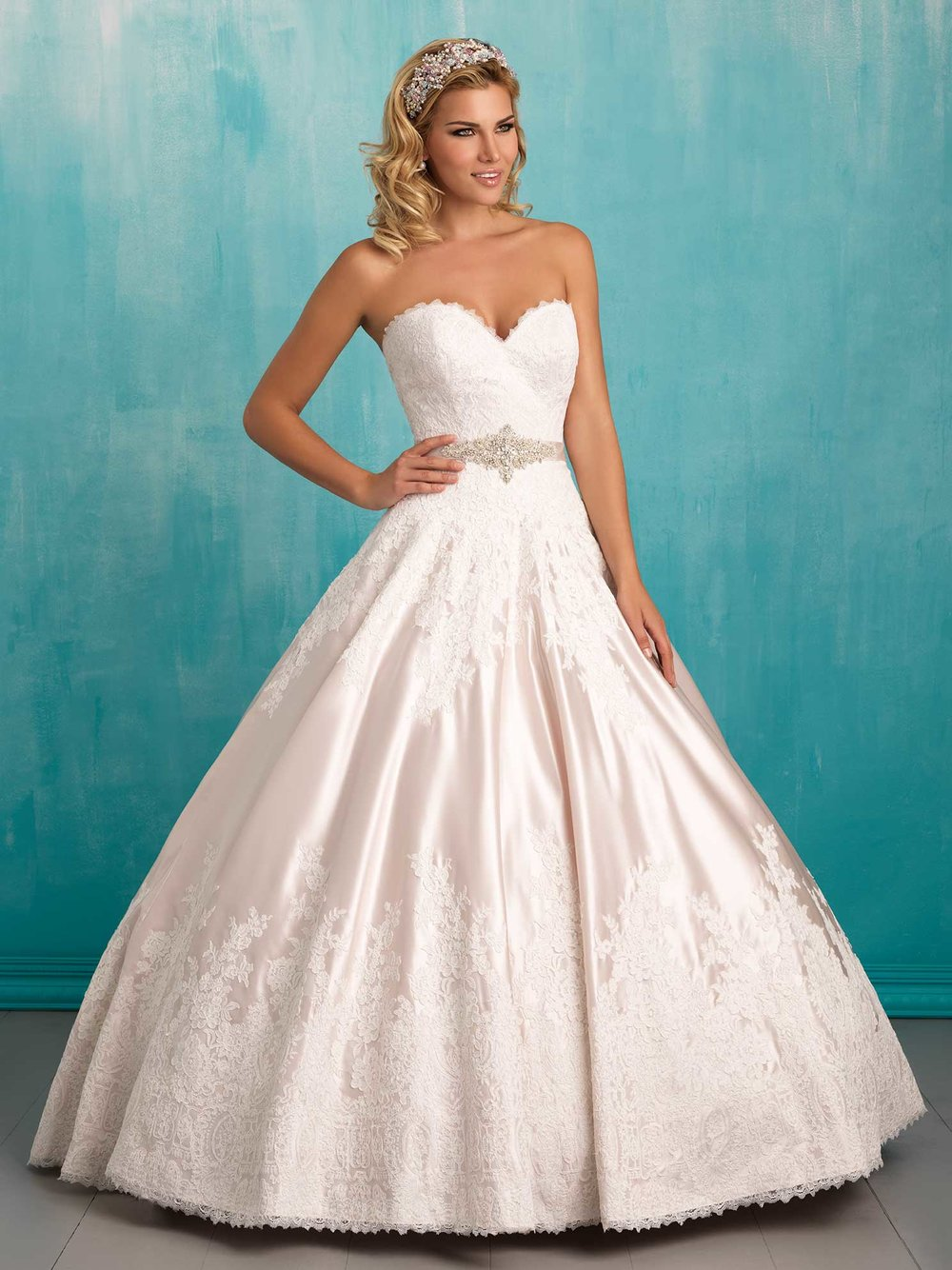Sweetheart satin bridal ballgown