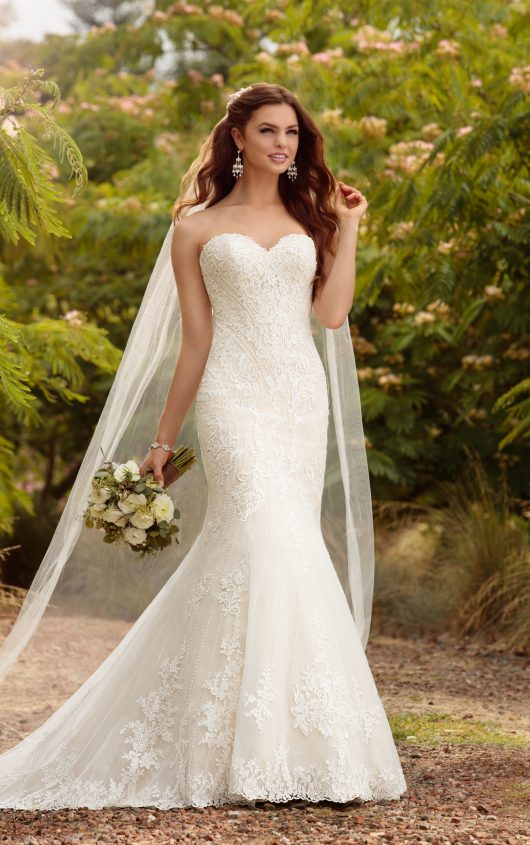 Essense of Australia trumpet wedding dress