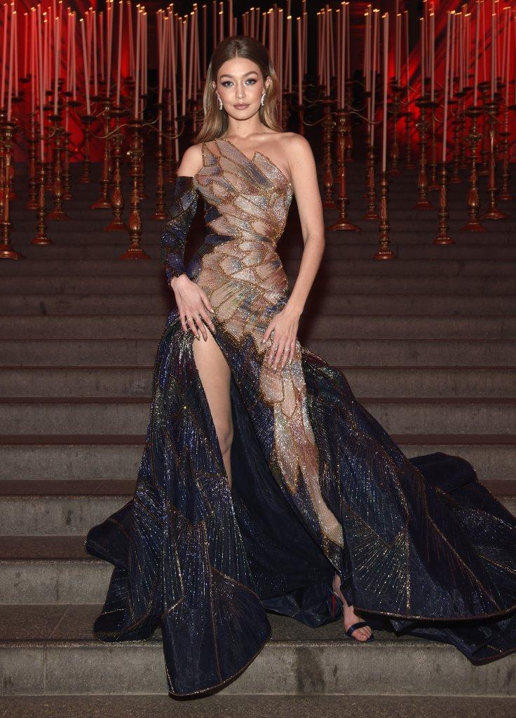 Gigi-Hadid-Versace-2018-Met-Gala.jpg
