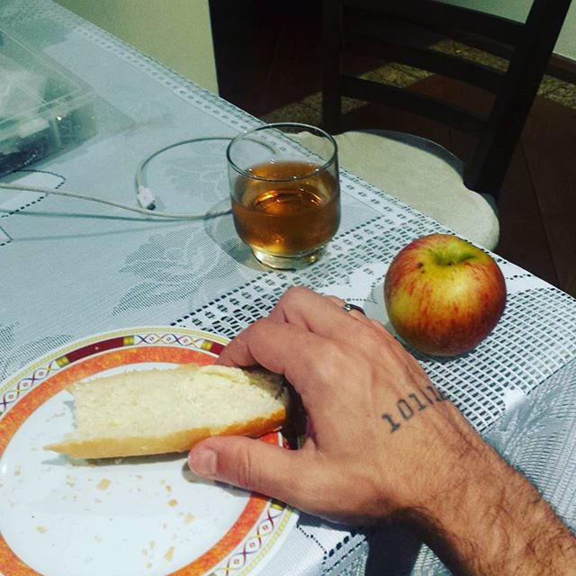 Bread and butter, apple and a little guaraná. #luxury #dinner #StudioLife #MusicProduction