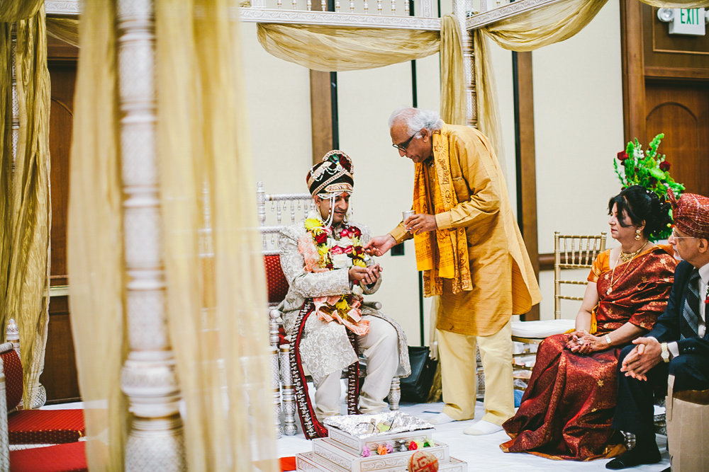 Bhumika_sidharth_fremont_california_marriott_wedding_photography_ebony_siovhan_35.jpg