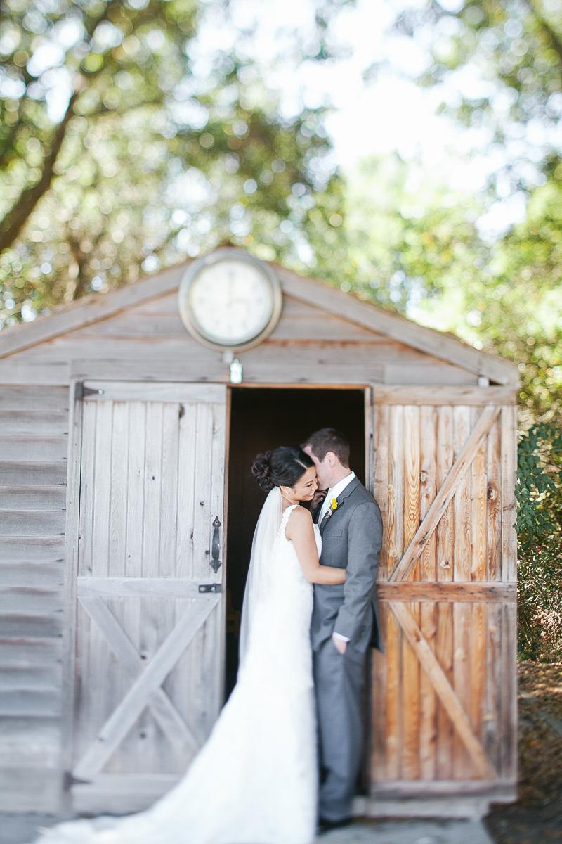 pacific_oaks_vineyard_estate_wedding_photography_aptos_california_ebony_siovhan_bokeh_photography_32.jpg