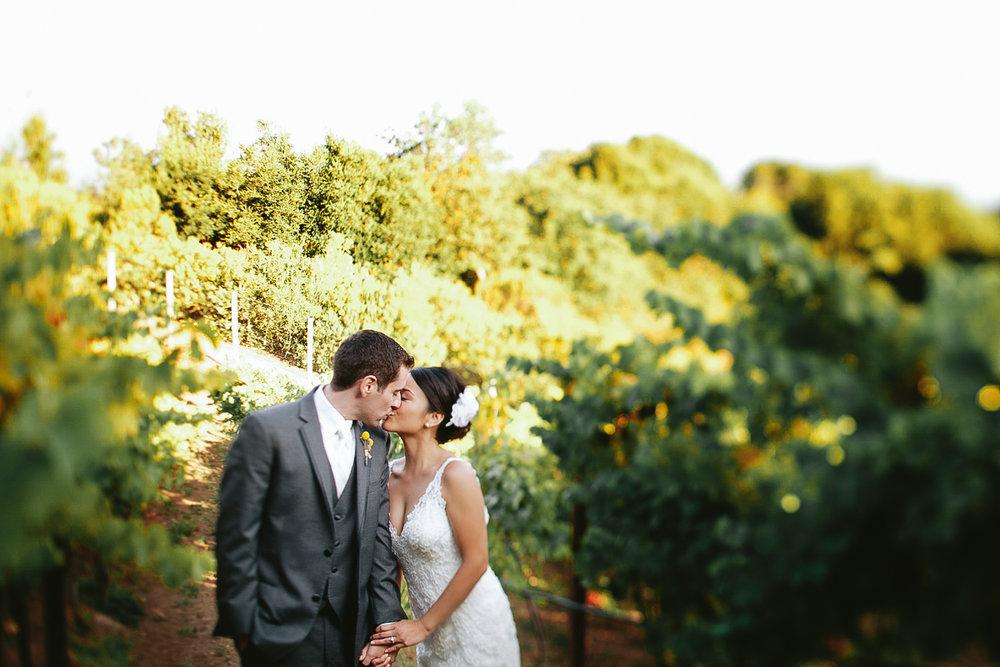 pacific_oaks_vineyard_estate_wedding_photography_aptos_california_ebony_siovhan_bokeh_photography_60.jpg