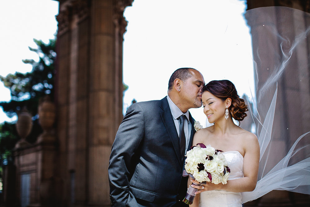 firehouse_8_palace_of_fine_arts_wedding_photography_san_francisco_california_ebony_siovhan_bokeh_photography_31.jpg