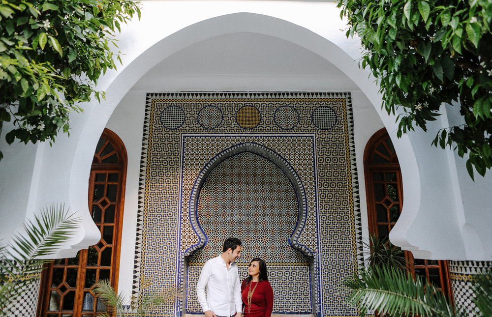 Marrakech_Morocco_Engagement_Photography_laila_mark_ebony_siovhan_bokeh_photography_13.jpg