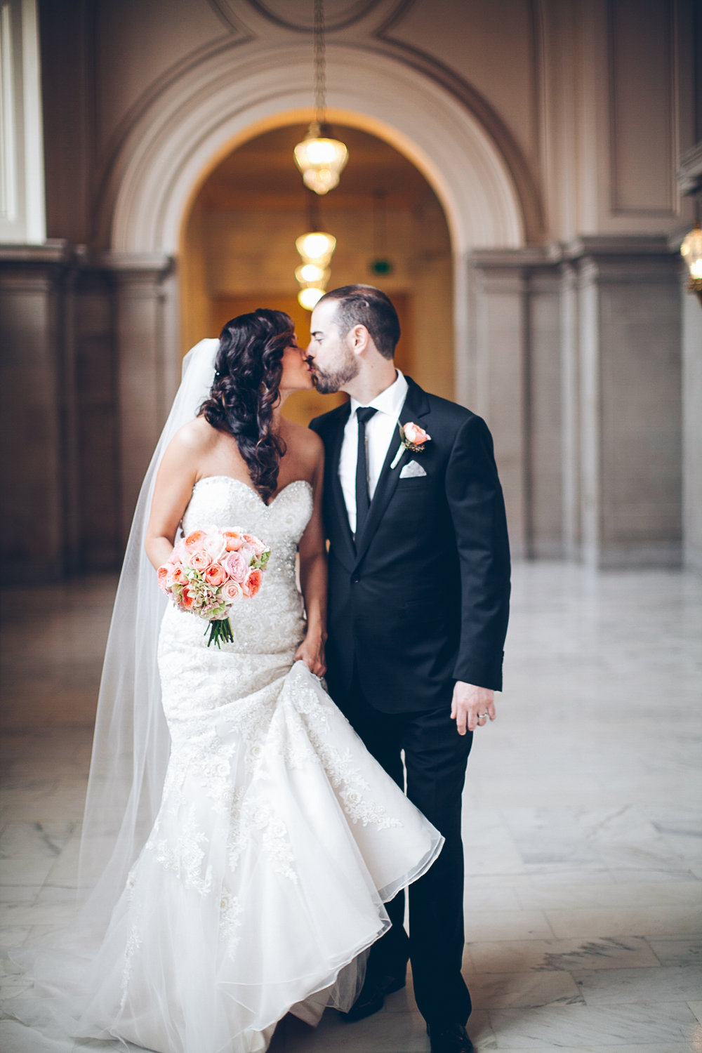 San_francisco_city_hall_wedding_photography_meegan_travis_ebony_siovhan_bokeh_photography_37.jpg