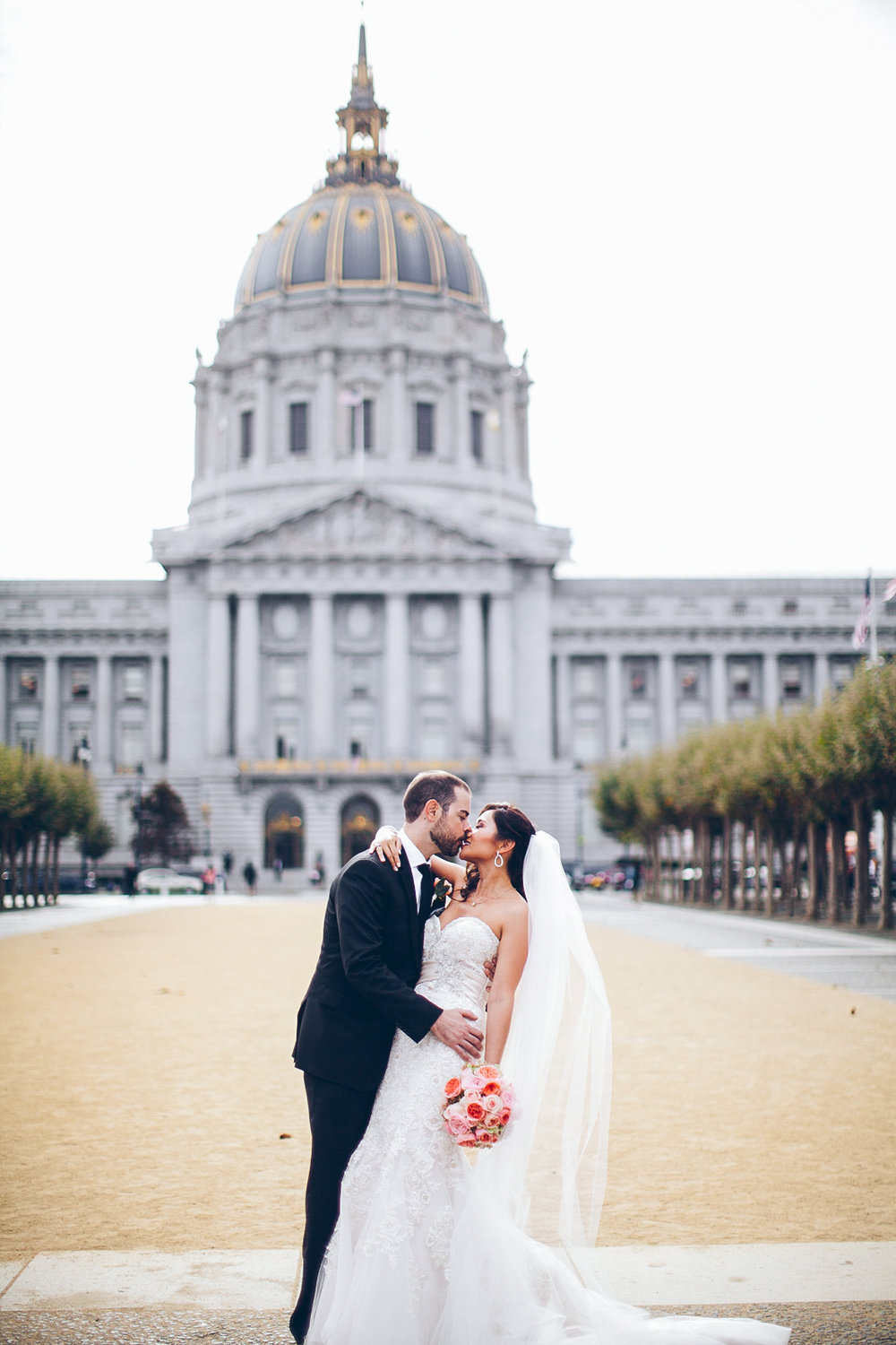 San_francisco_city_hall_wedding_photography_meegan_travis_ebony_siovhan_bokeh_photography_64.jpg
