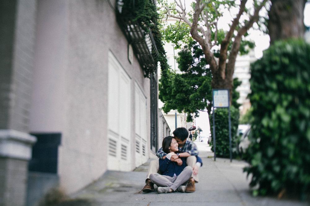 Golden_gate_park_engagement_photography_san_francisco_eric_sarah_ebony_siovhan_bokeh_photography_16.jpg