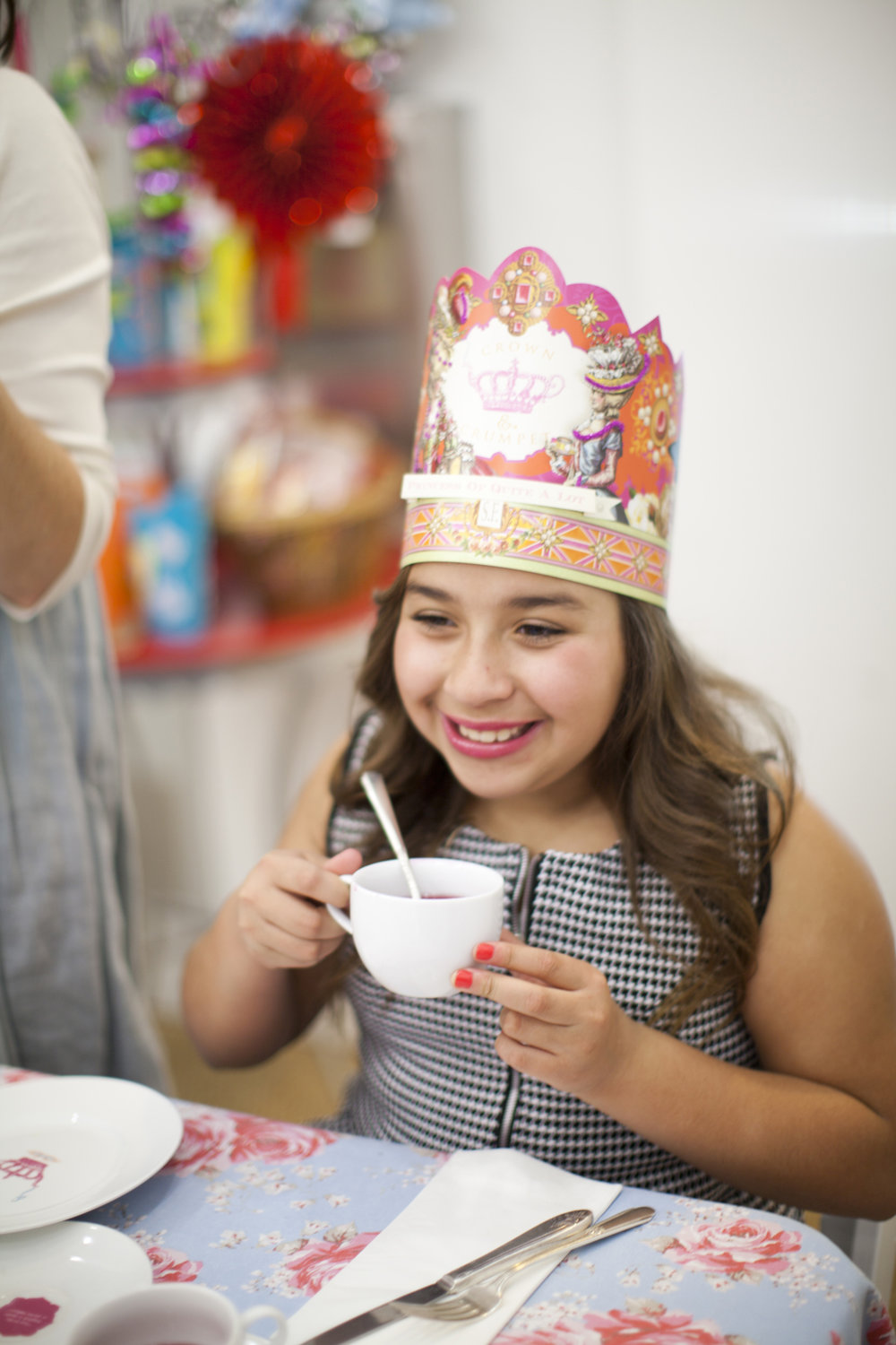 sophia_tea_party_crown_and_crumpet_san_francisco_photography_056.jpg
