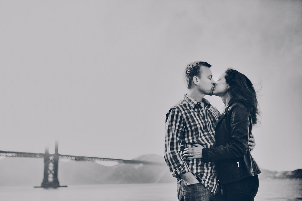 golden_gate_bridge_engagement_photography_san_francisco_lynn_carl_ebony_siovhan_bokeh_photography_21.jpg