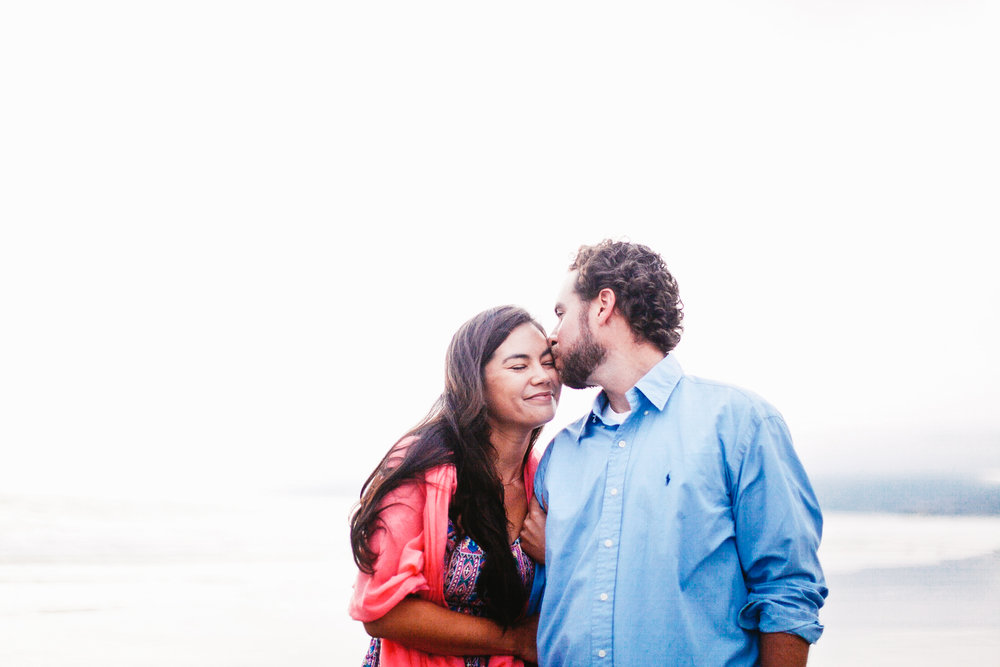 VENICE_BEACH_ENGAGEMENT_PHOTOGRAPHY_EBONY_SIOVHAN_BOKEH_PHOTOGRAPHY_-12.jpg