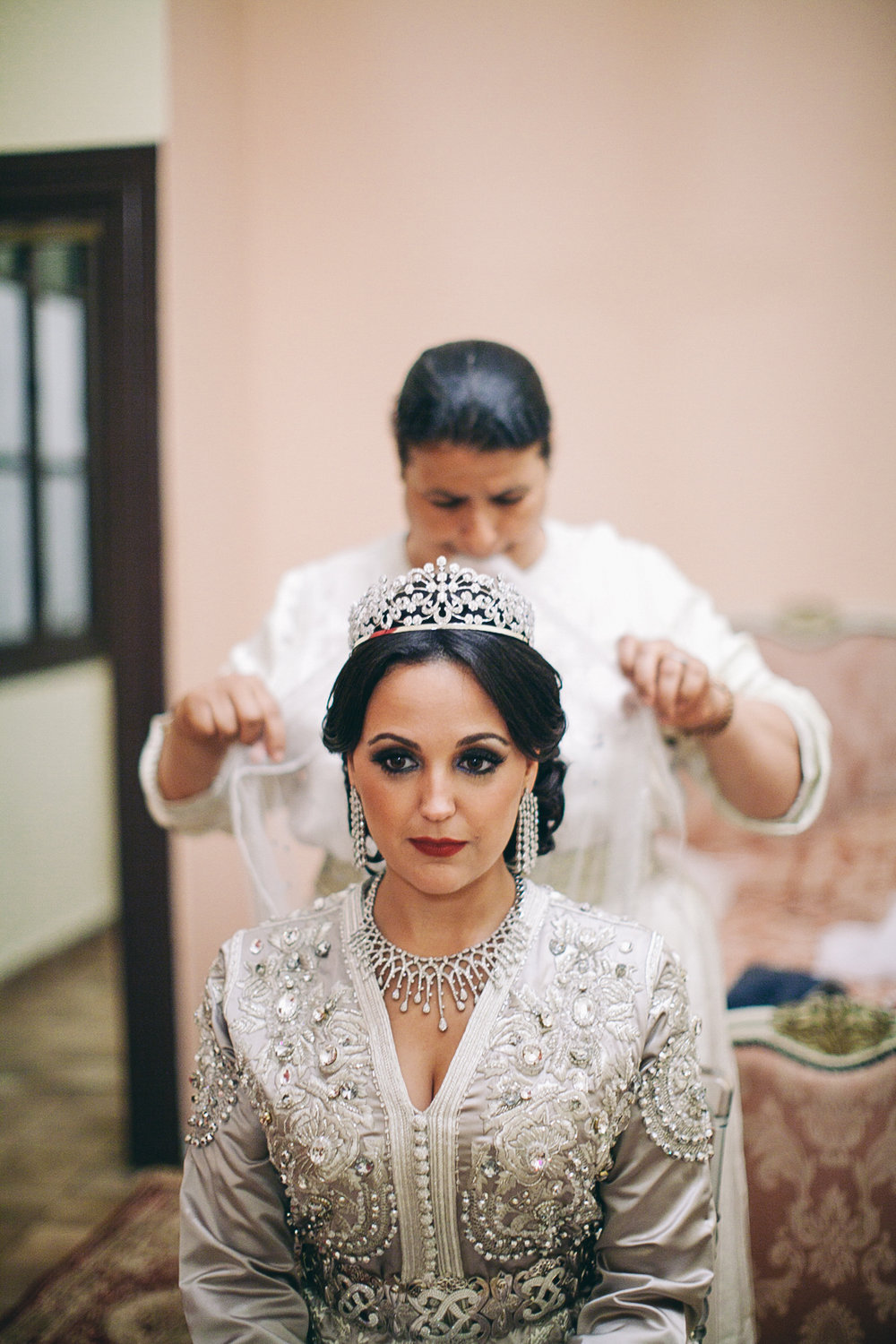 traditional_moroccan_wedding_photographry_casablanca_morocco_houda_vivek_ebony_siovhan_bokeh_photography_047.jpg