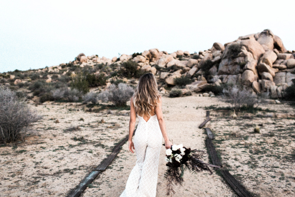 joshua-tree-wedding-editorial-photography-by-sarah-falugo-photography-7742.jpg