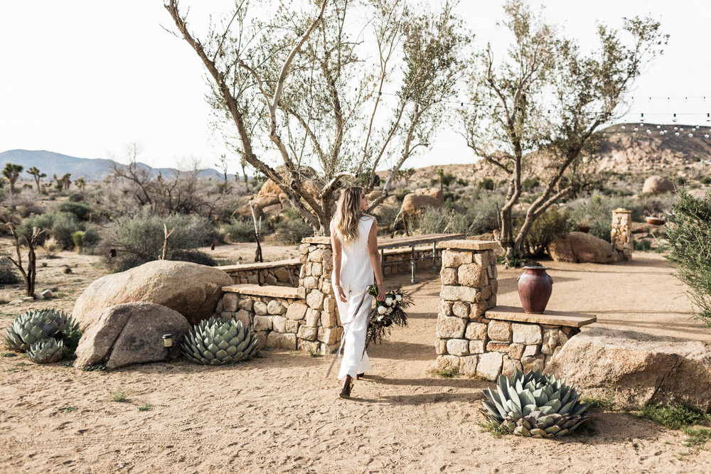 joshua-tree-wedding-editorial-photography-by-sarah-falugo-photography-7000.jpg