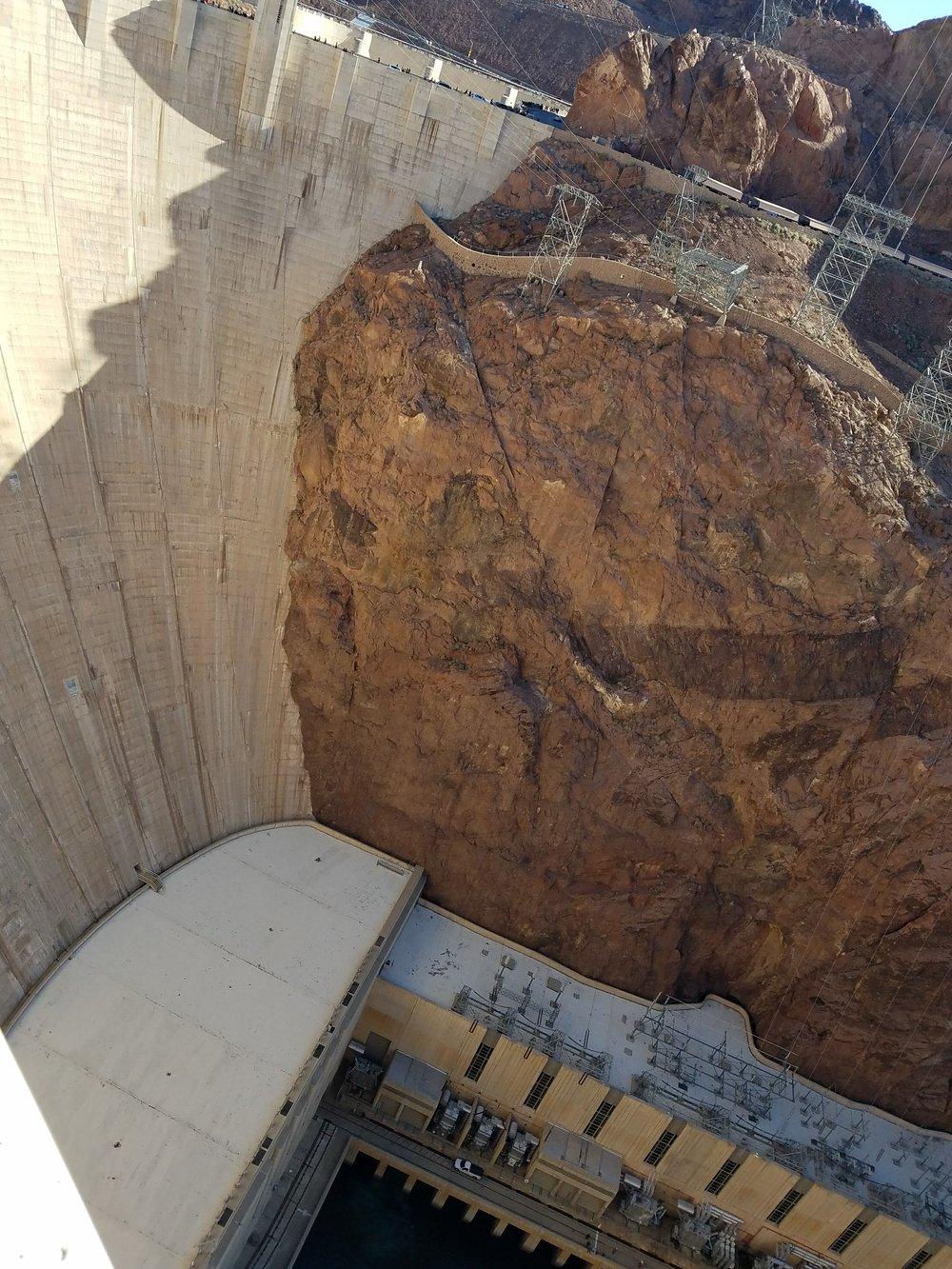 Dam with powerhouse below.