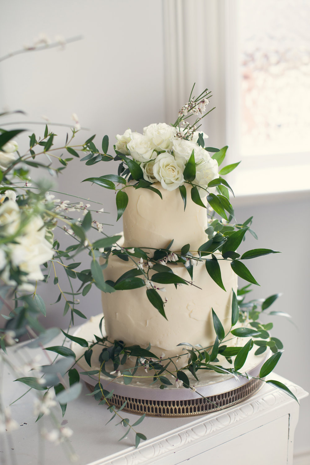 {Rustic Buttercream Cake} Creative & Unique Wedding Cakes | Yummy Little Cakes - Nottingham | www.yummylittlecakes.co.uk