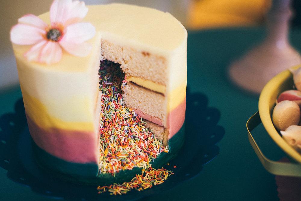 {Pinanta Suprise Cake} Creative & Unique Wedding Cakes | unusual wedding cakes