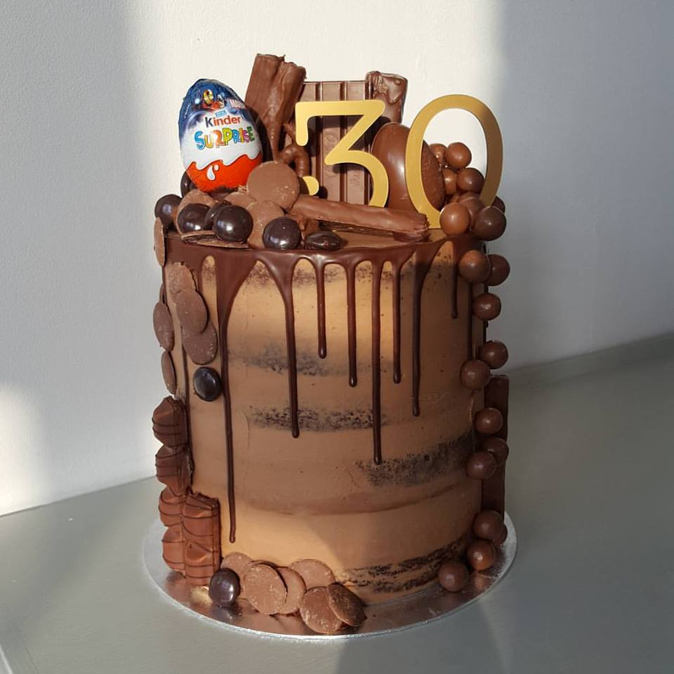 Collect a Cake | Bespoke Celebration & Wedding Cakes | yummy birthday cakes Nottingham
