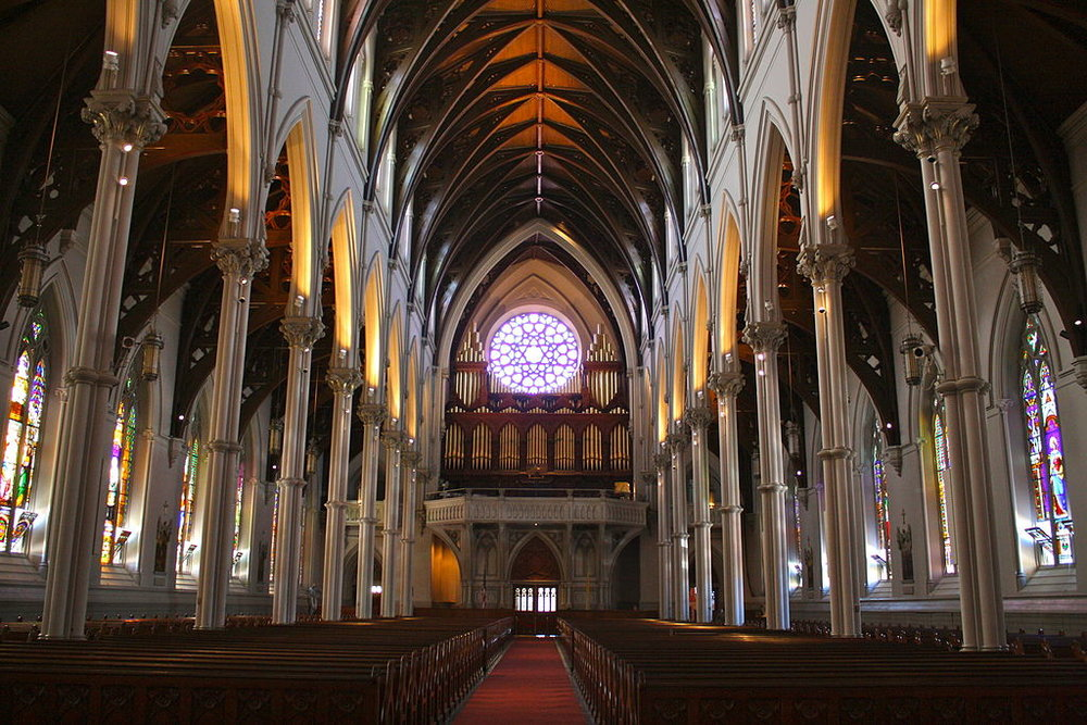 Cathedral_of_the_Holy_Cross,_Boston_3.JPG