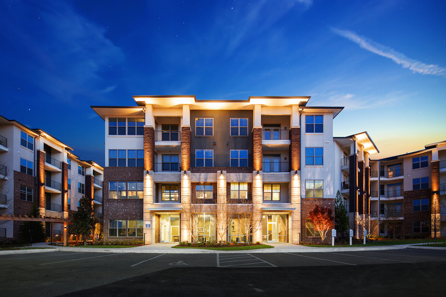 One Metrocenter Apartments | Nashville, TN | Built 2017 | Development Consulting