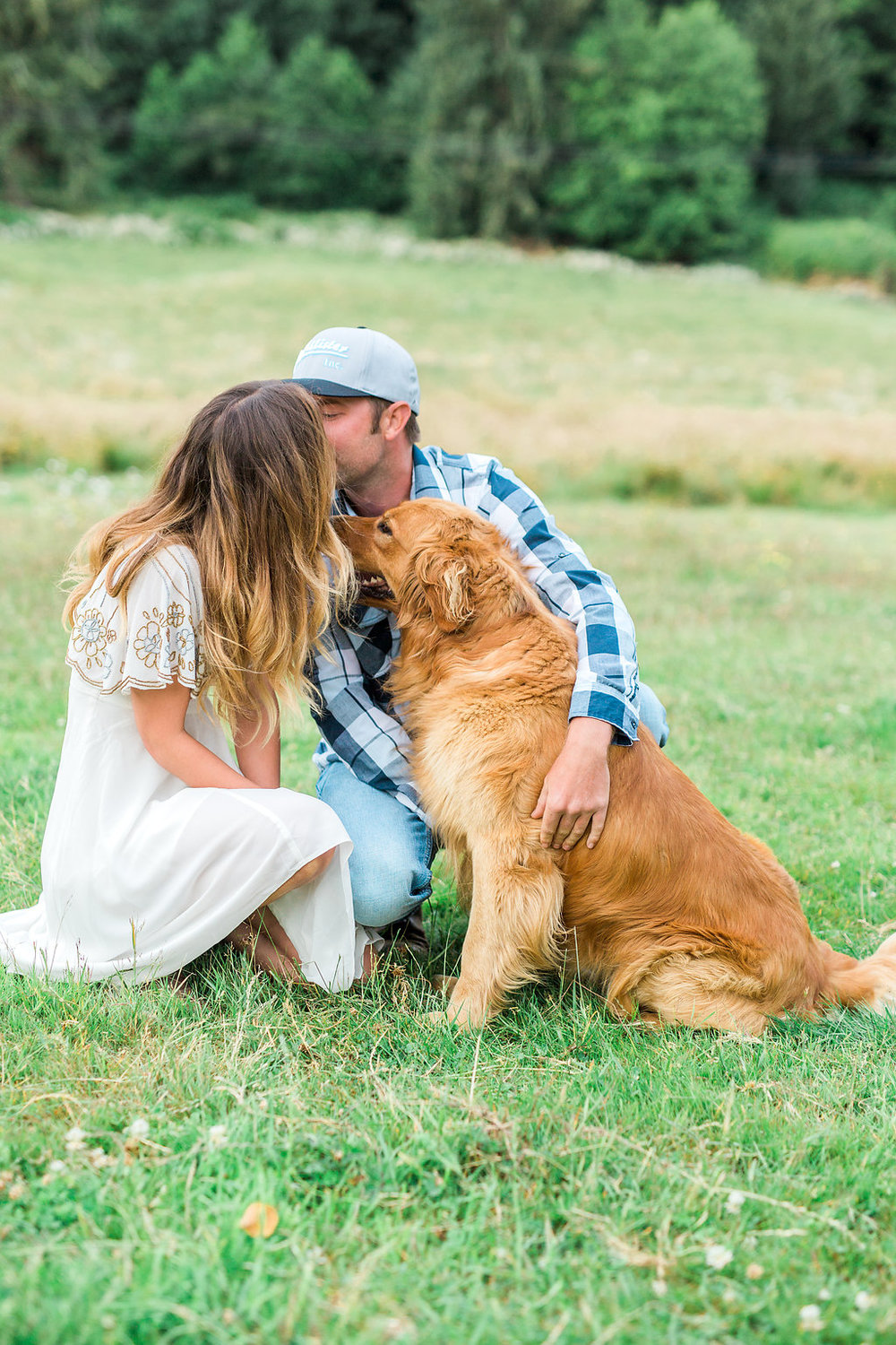 Beautiful outdoor engagement session | What to wear | Photo Inspiration | Engagement session | Portrait | White | Detail Shots | Mastin Labs | Engaged | Fuji 400 | Photo Shoot with Dog | Golden Retriever