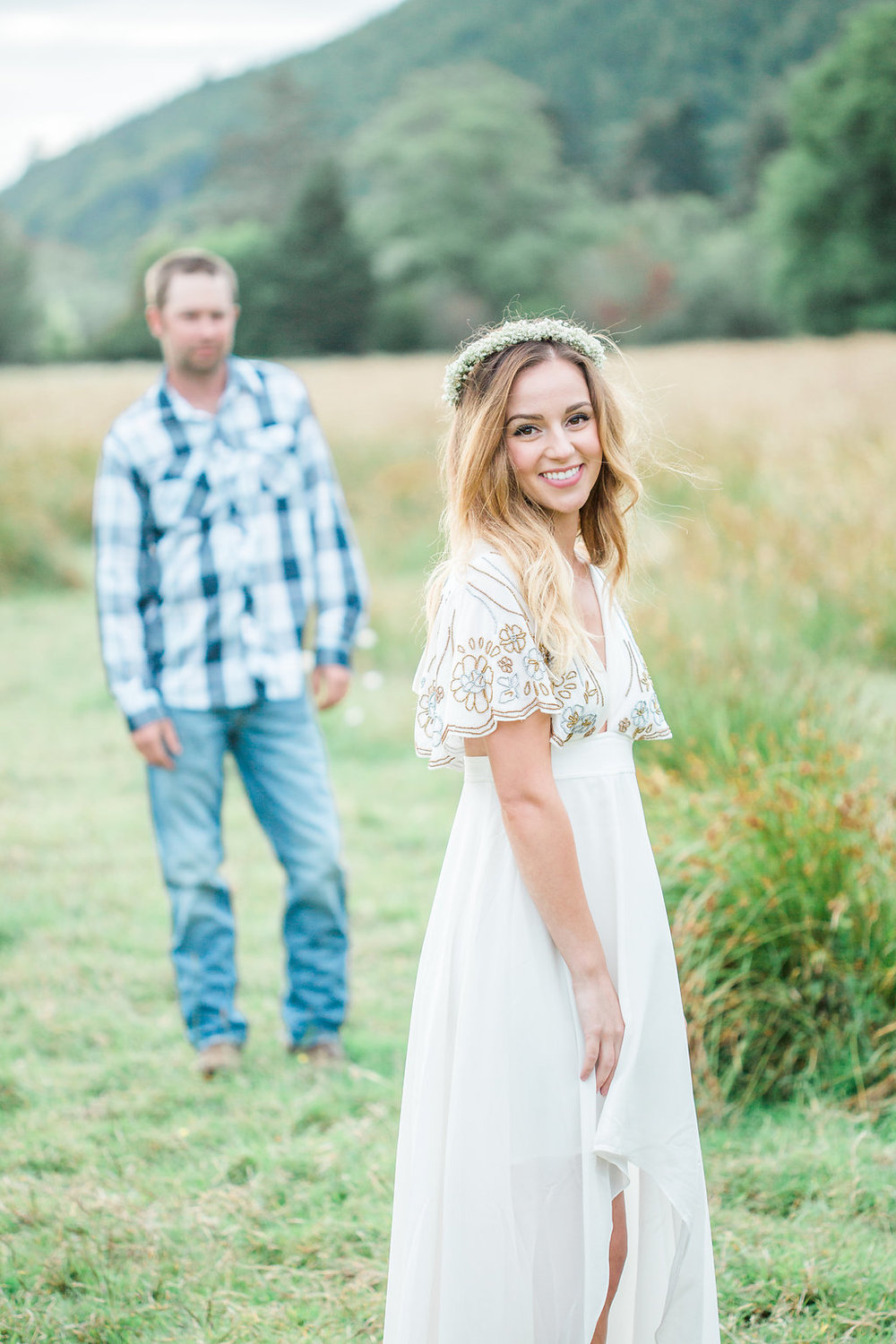 Beautiful outdoor engagement session | What to wear | Photo Inspiration | Engagement session | Portrait | White | Detail Shots | Mastin Labs | Engaged | Fuji 400 | Beautiful Couple | Couple in Love | Beautiful posing | Hair Piece for Photo Session | Etsy Headband