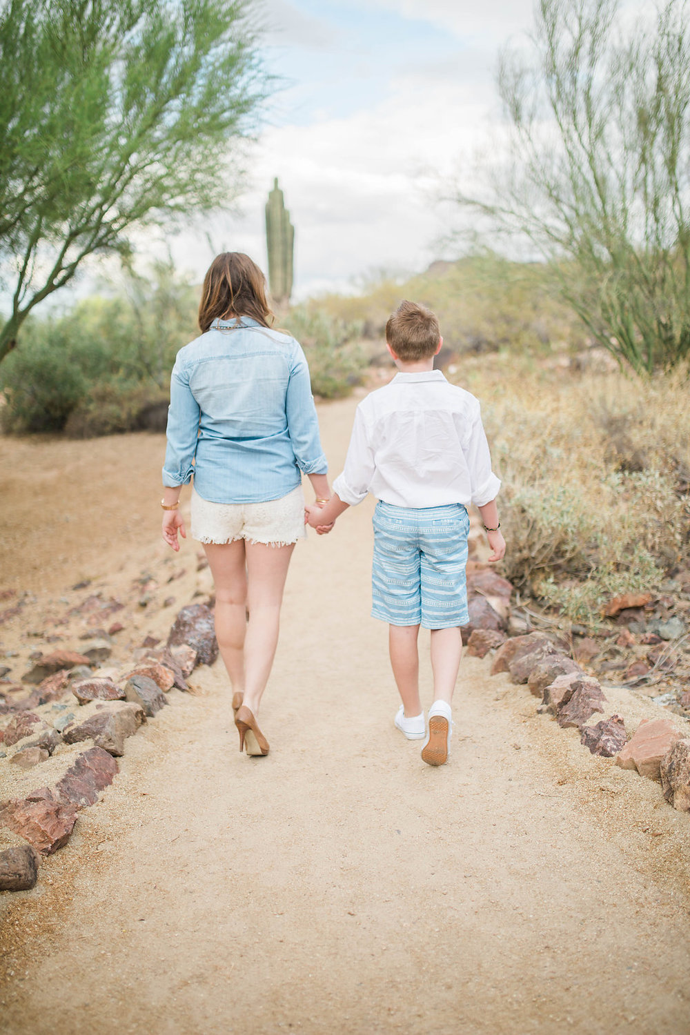 Mom and Son Photo Shoot | Arizona Session | Single Mom | Mom and Son | Family Photo Session | Glendale, Arizona | Photography Posing Techniques | How to Pose Your Clients | Hand in Hand