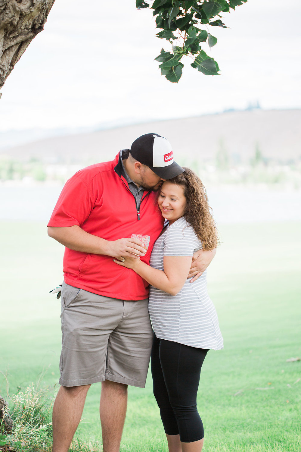 Golf Course Proposal | 9th Hole Proposal | Golf Course Photo Session | Beautiful Engagement Session | Seattle Wedding Photographer | Surprise Proposal | Kiss Shot | Engaged