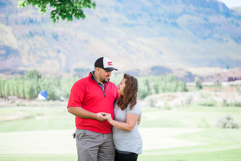Golf Course Proposal | 9th Hole Proposal | Golf Course Photo Session | Beautiful Engagement Session | Seattle Wedding Photographer | Surprise Proposal | She Said Yes