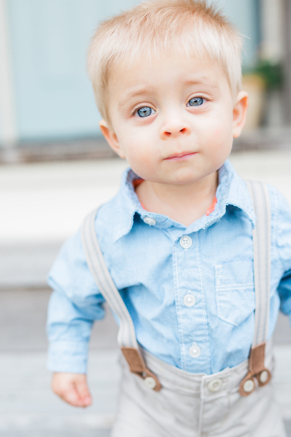 Family Photo Session | What to Wear for Family Pictures | Twin Photo Session | Family Photography | Mastin Labs | Baby Blues