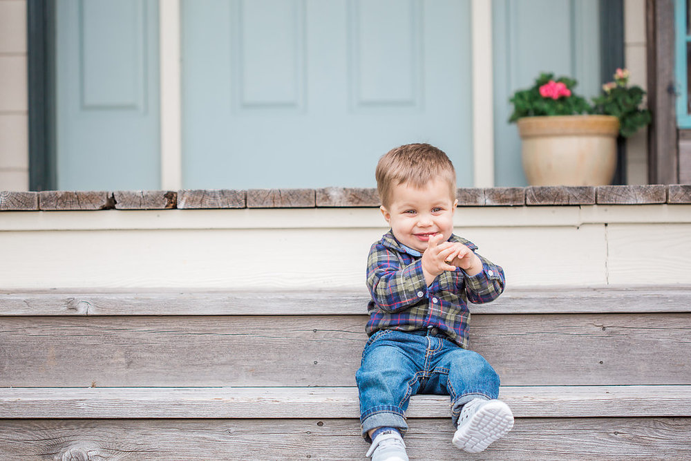 Family Photo Session | What to Wear for Family Pictures | Twin Photo Session | Family Photography | Mastin Labs | Lifestyle Photography | Twin Boys Photo Session | Cute Baby Boy on Front Porch