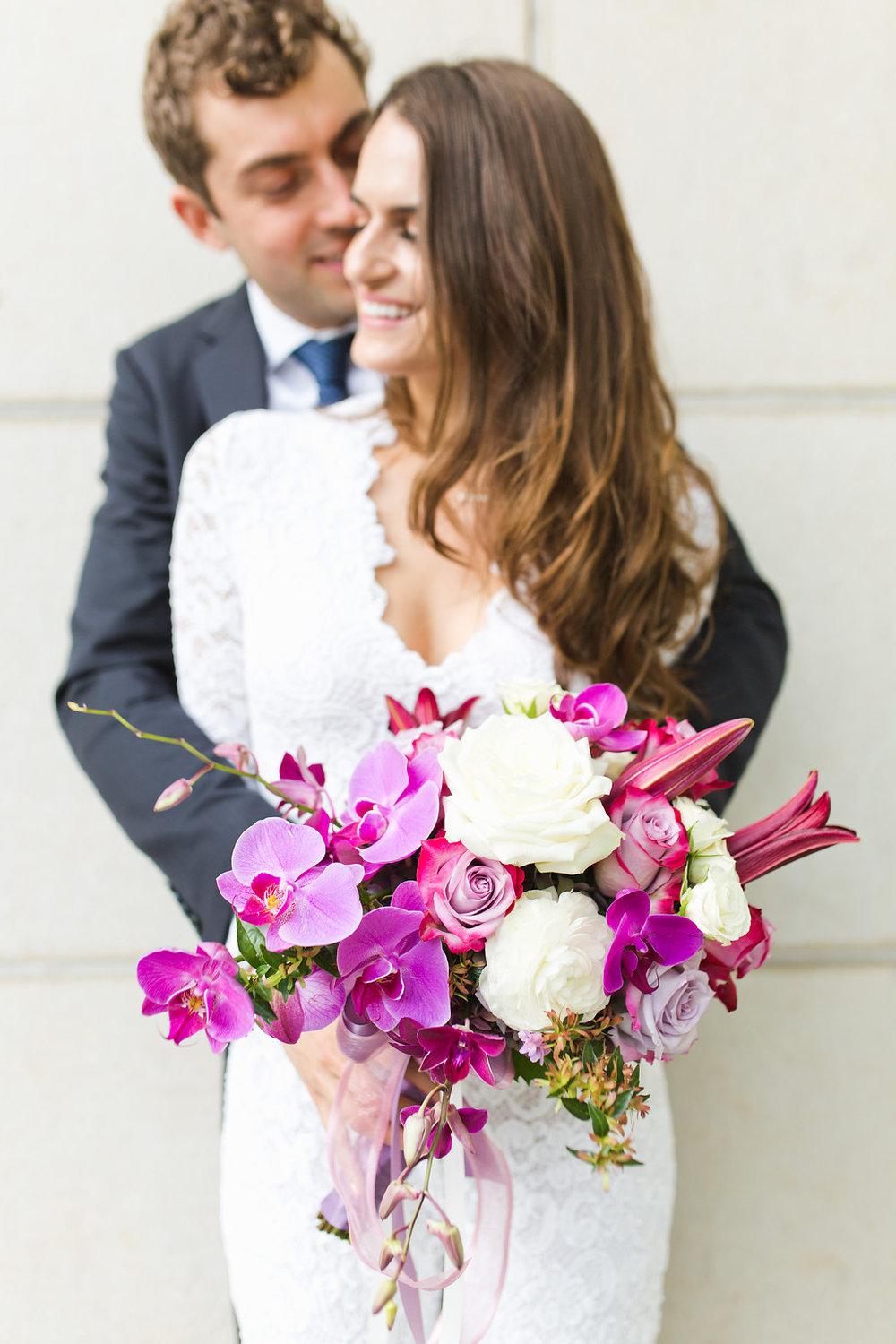 Seattle Courthouse Wedding | Seattle Municipal Court | Downtown Seattle Wedding | Intimate Elopement Wedding | Beautiful Simple Courthouse Wedding | Bride and Groom Portrait | White Wedding Jumpsuit Outfit | Couple Posing