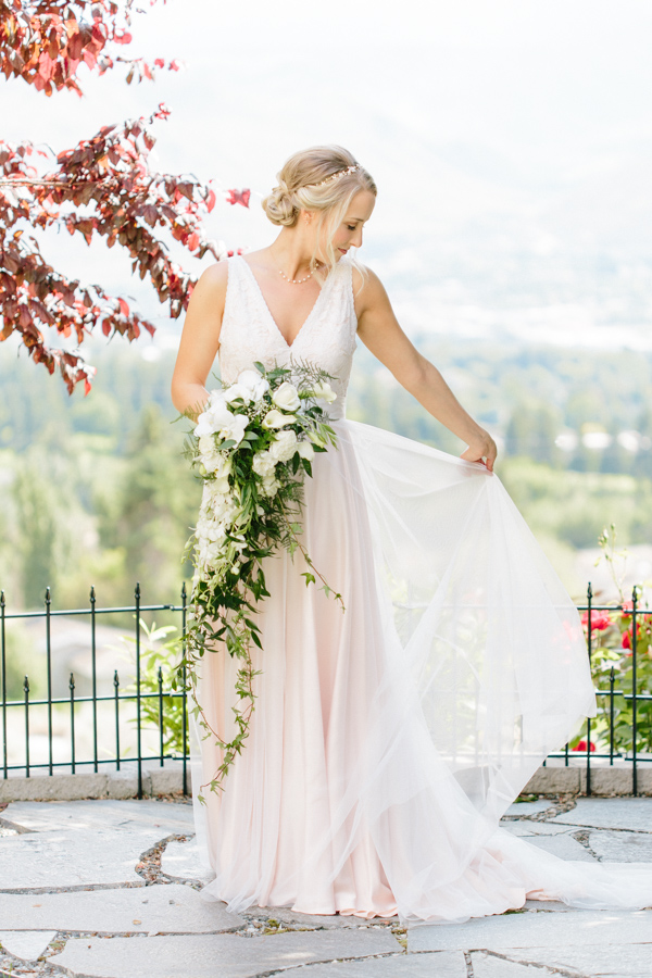Intimate Backyard Blush Fairytale Wedding | Wenatchee Wedding Photographer | Fine Art Seattle Wedding Photographer | Blush Wedding | Wedding Details | Beautiful Bridal Portrait