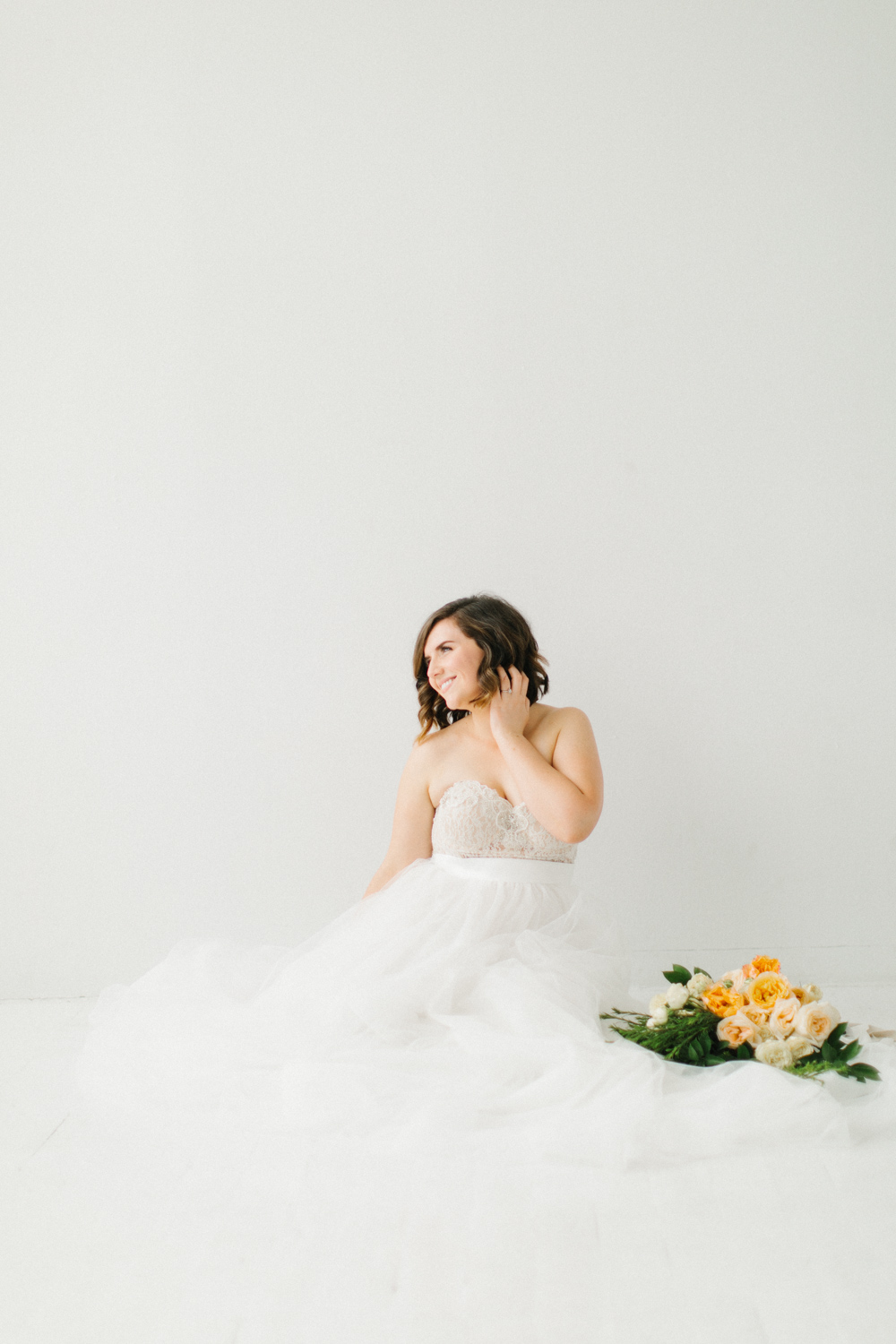 Seattle Fine Art Wedding Photographer | Seattle Downtown White Studio Bridal Session | Stunning Wedding Bouquet | Seattle Bride | Seattle Wedding | Photography Studio Space | Emma Rose Company Wedding Photography-30.jpg