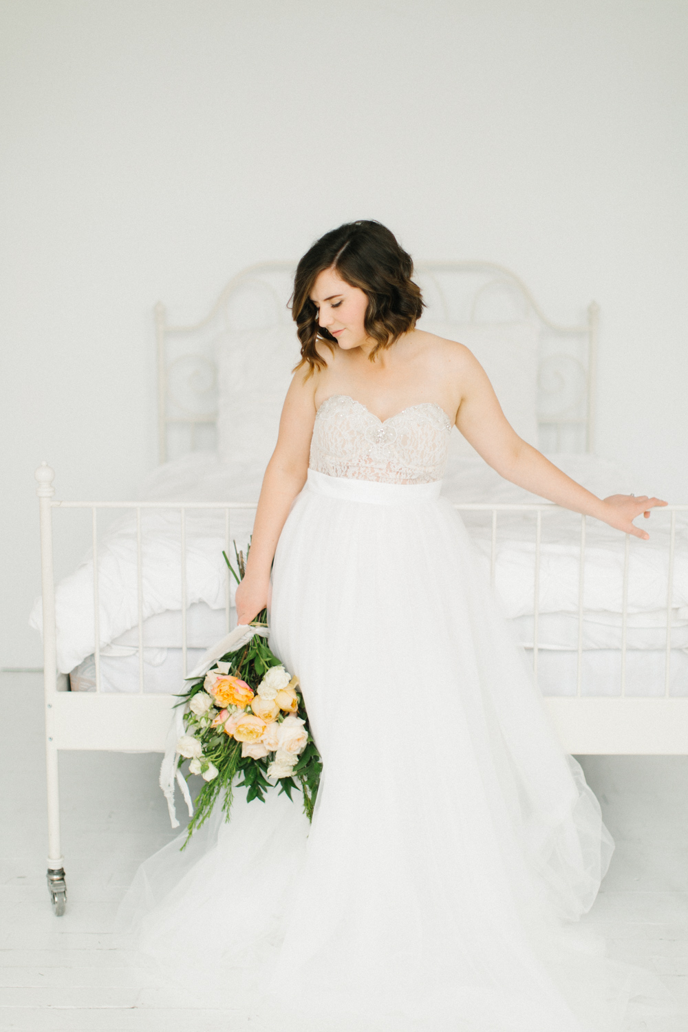 Seattle Fine Art Wedding Photographer | Seattle Downtown White Studio Bridal Session | Stunning Wedding Bouquet | Seattle Bride | Seattle Wedding | Photography Studio Space | Emma Rose Company Wedding Photography-32.jpg